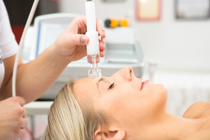 vakuová terapie baňkami